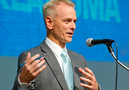 Steve Russell tries to appeal to voters in a debate a few days before Tuesday's primary runoff. (Shannon Cornman)