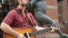 Street Performer Chad Slagle 135mh