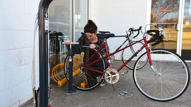 Bike-Station-user_9297mh