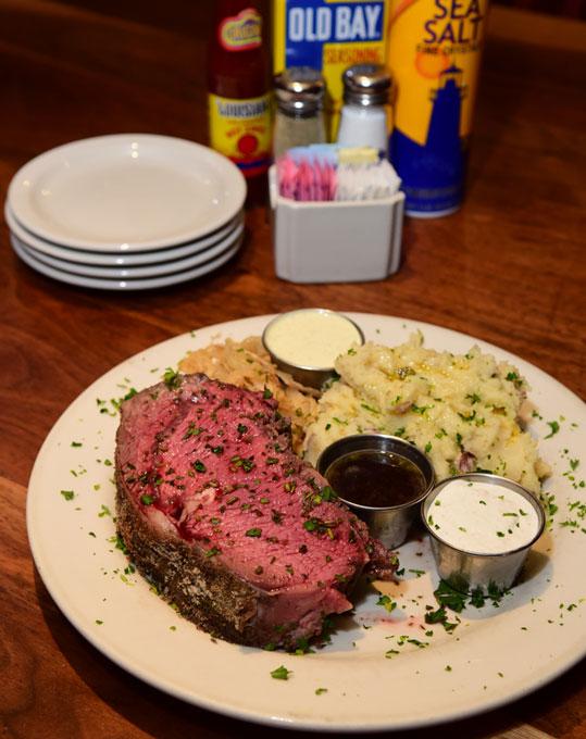 Trapper's Fishcamp & Grill (Oklahoma Gazette)