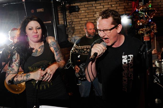 punk rock karaoke 0686gf
